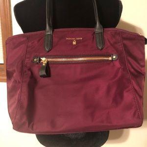 MICHAEL KORS Kelsey Medium Nylon Tote Bag